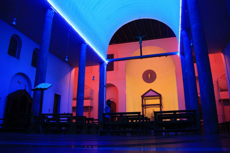 Contemporary art. Dan Flavin's light art in Villa Panza (Varese) and the Chiesa Rossa in Milan