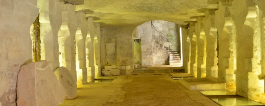 Archeology and Culture meet in an Hypogeum in Salento (Apulia/Italy)