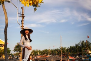 Girl in Ao Dai  4